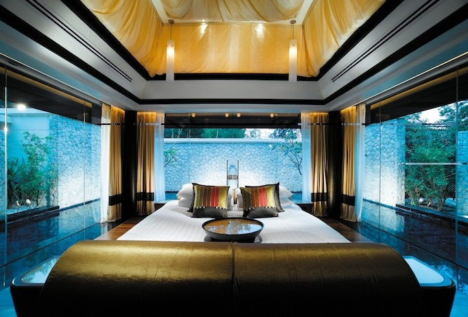 Luxe Bible's Top 5 Thailand Hotels and Resorts: Banyan Tree Double Pool Villa Main Pavillion Floating Bedroom