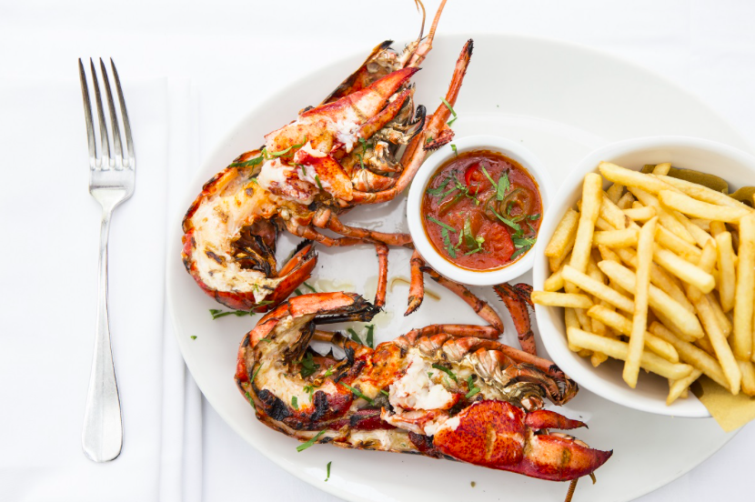 Luxe Bible's 4 Restaurants You Should Try in Parson's Green: Lobster at Vicino