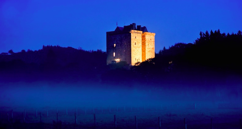 Luxe Bible's 3 UK Castles To Stay In: Borthwick Castle, Exterior