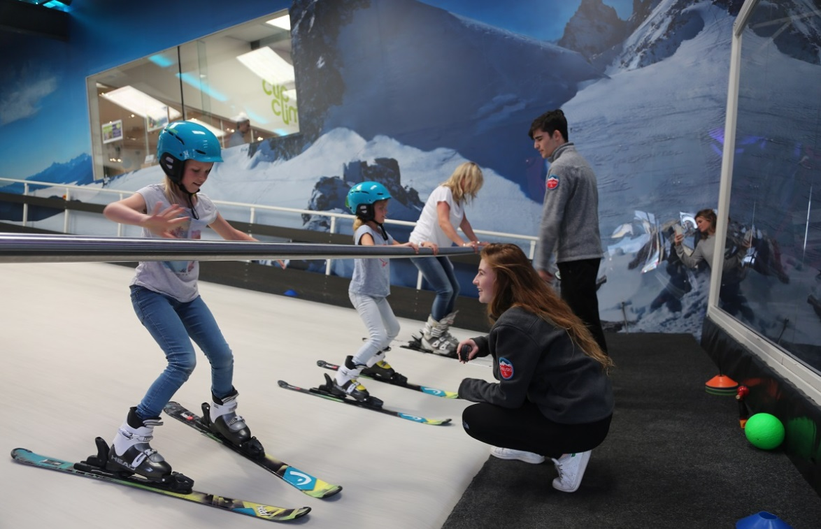 Luxe Bible's Top 3 Places to Learn to Ski: Chel-Ski, Chelsea, London