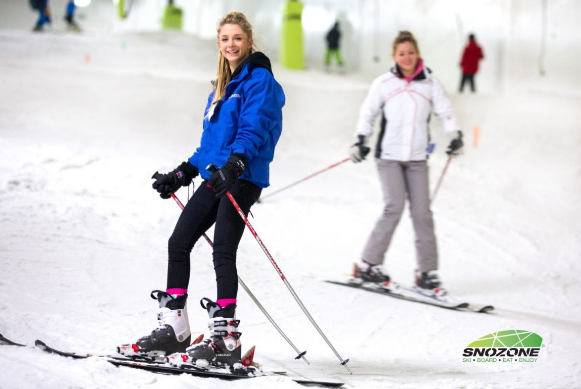 Luxe Bible's Top 3 Places to Learn to Ski: Snozone, Milton Keynes