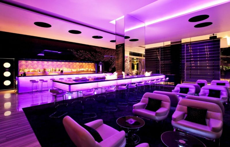 Luxe Bible's Top 5 Thailand Hotels and Resorts: W Bangkok Bar and Reception