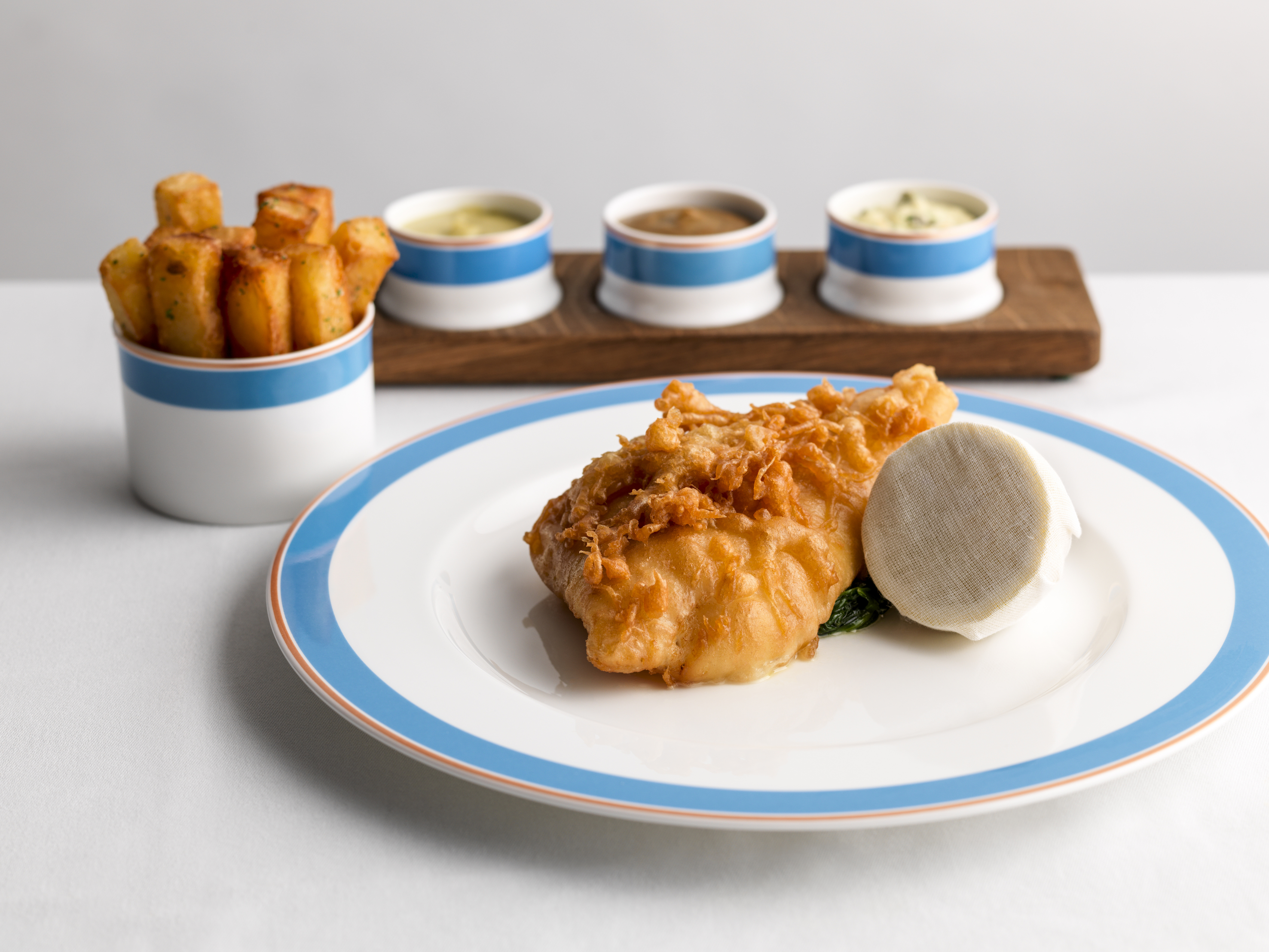 4 Celebrity Chef London Restaurants You Must Try Now - Tom Kerridge and Kerridge's Bar & Grill: Fish & Chips (Photo Credit: Cristian Barnett)