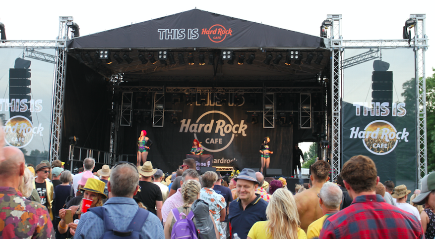 WIN Tickets to The Isle of Wight Festival with Hard Rock Cafe London (Lounge Kittens Past Performance)