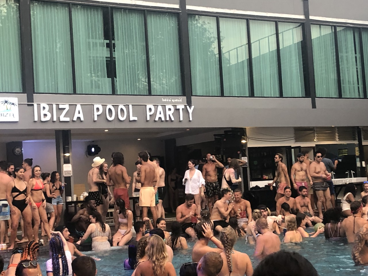 8 Must Do's on the Thai Party Paradise Island of Koh Phi Phi: Ibiza House Pool Party