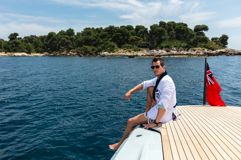 209 Mare 2019 Stay Nauti Collection
