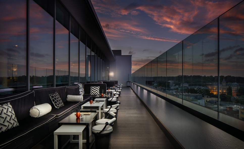 Celebrate the British Summer at Hilton Bournemouth: LEVEL8IGHT THE SKY BAR