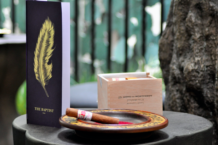 The Luxe List August 2019: Cigar and Cognac Tasting at The Blue Tree Yard at L'Oscar