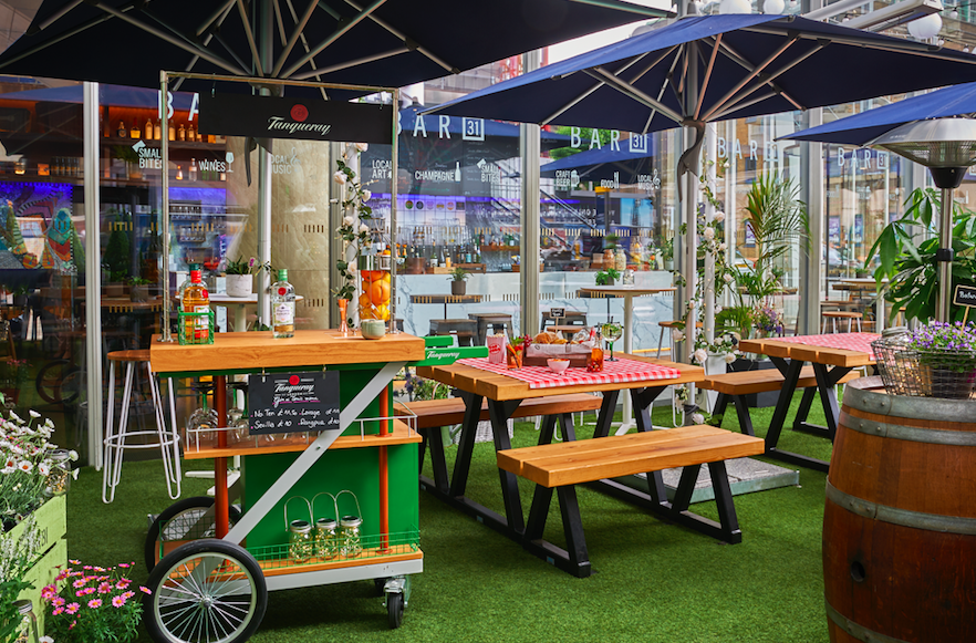 10 Outdoor Terraces in London For The Sizzling Bank Holiday Weekend: Shangri-La at The Shard - Bar 31 and Tanqueray Gin Summer Terrace