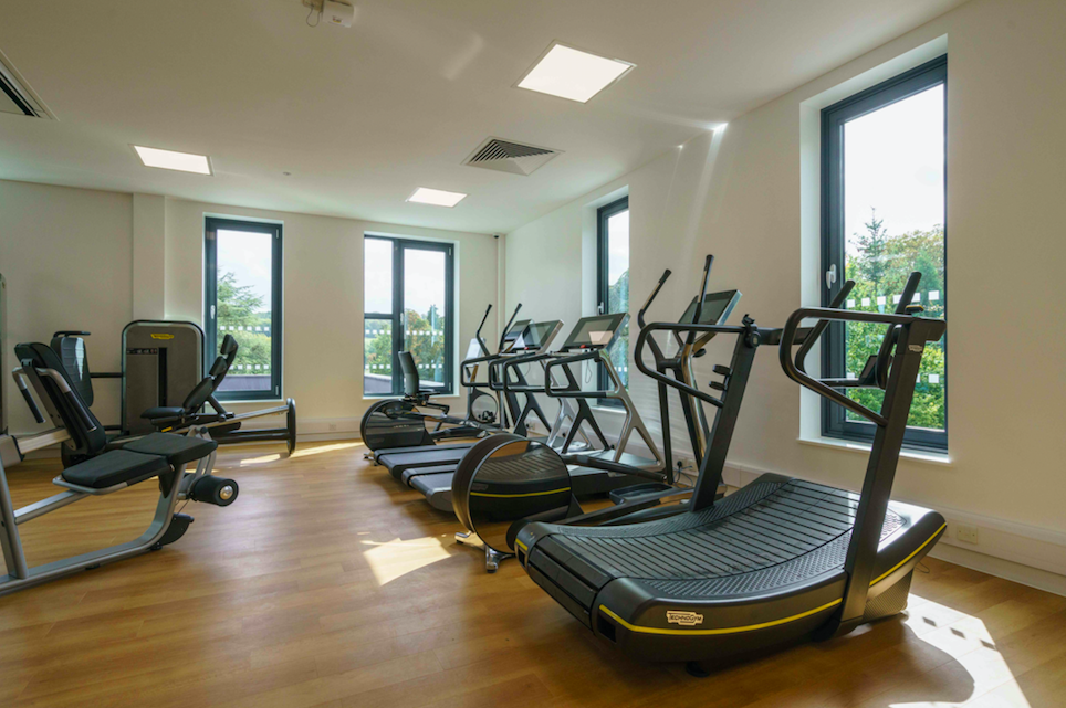 Fine Dining & Fancy Leisure Facilities at Phyllis Court, Henley on Thames: Brand New Leisure Facilities with State of the Art Gym