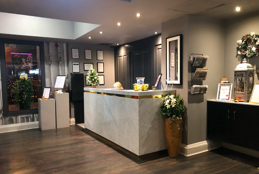Beautifully Boutique - The Grey Street Hotel, Newcastle: Reception Desk