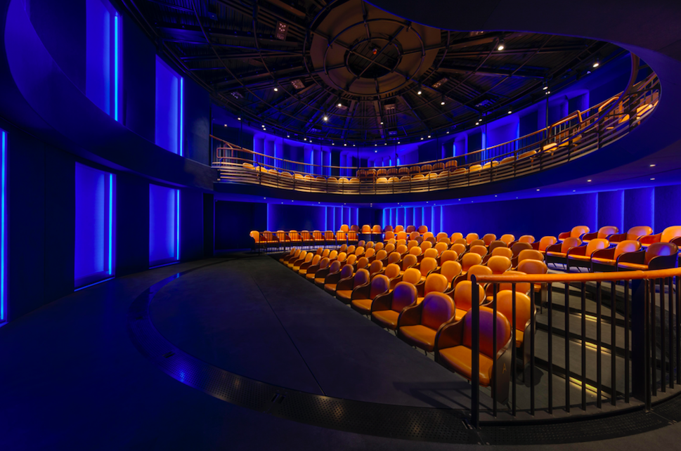 A Real Show Stopper - The New Boulevard Theatre & Restaurant, Soho - The Circular Interactive Playhouse