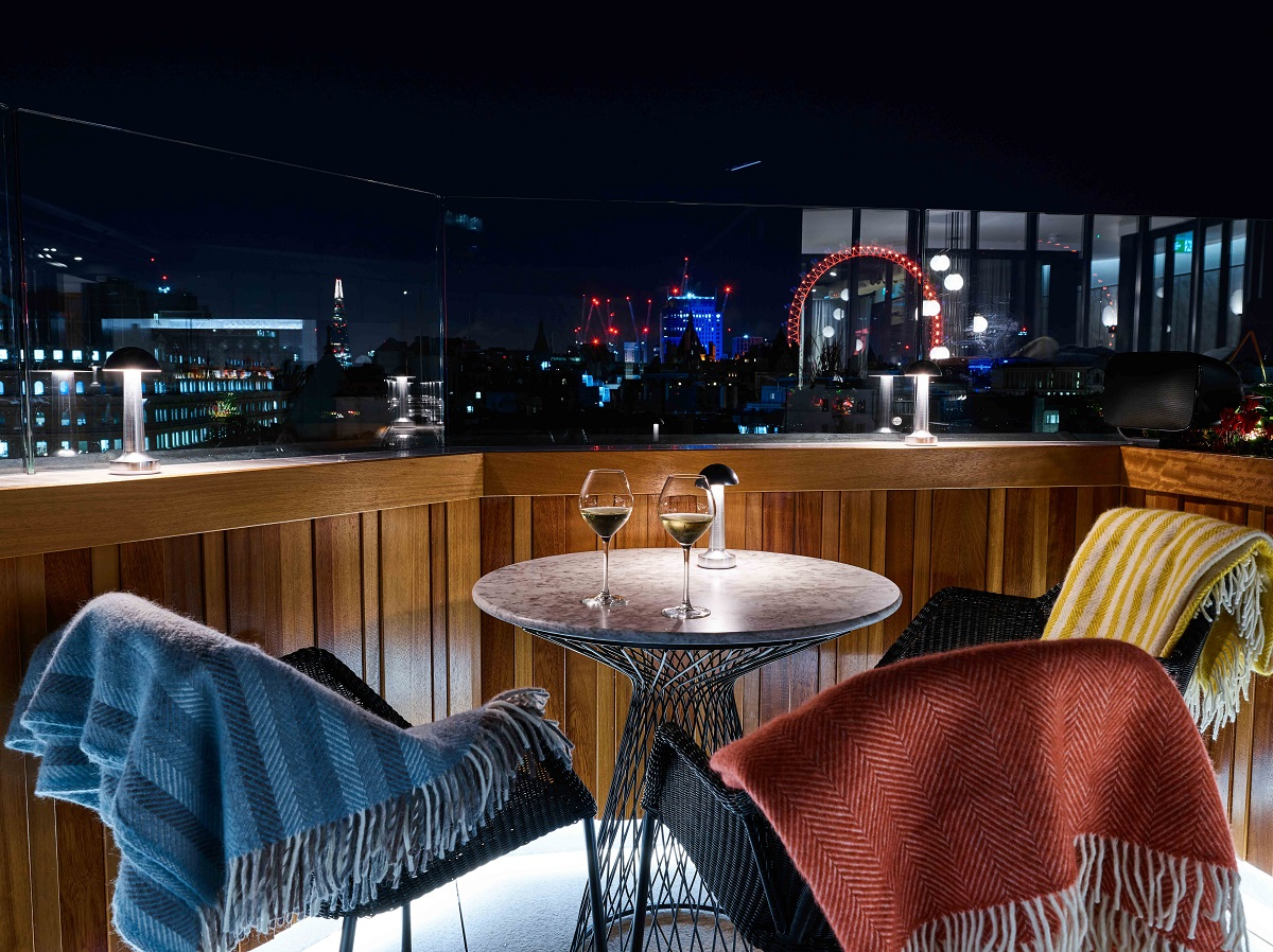 Cocktails and Live Music at The Trafalgar St. James, Curio Collection by Hilton