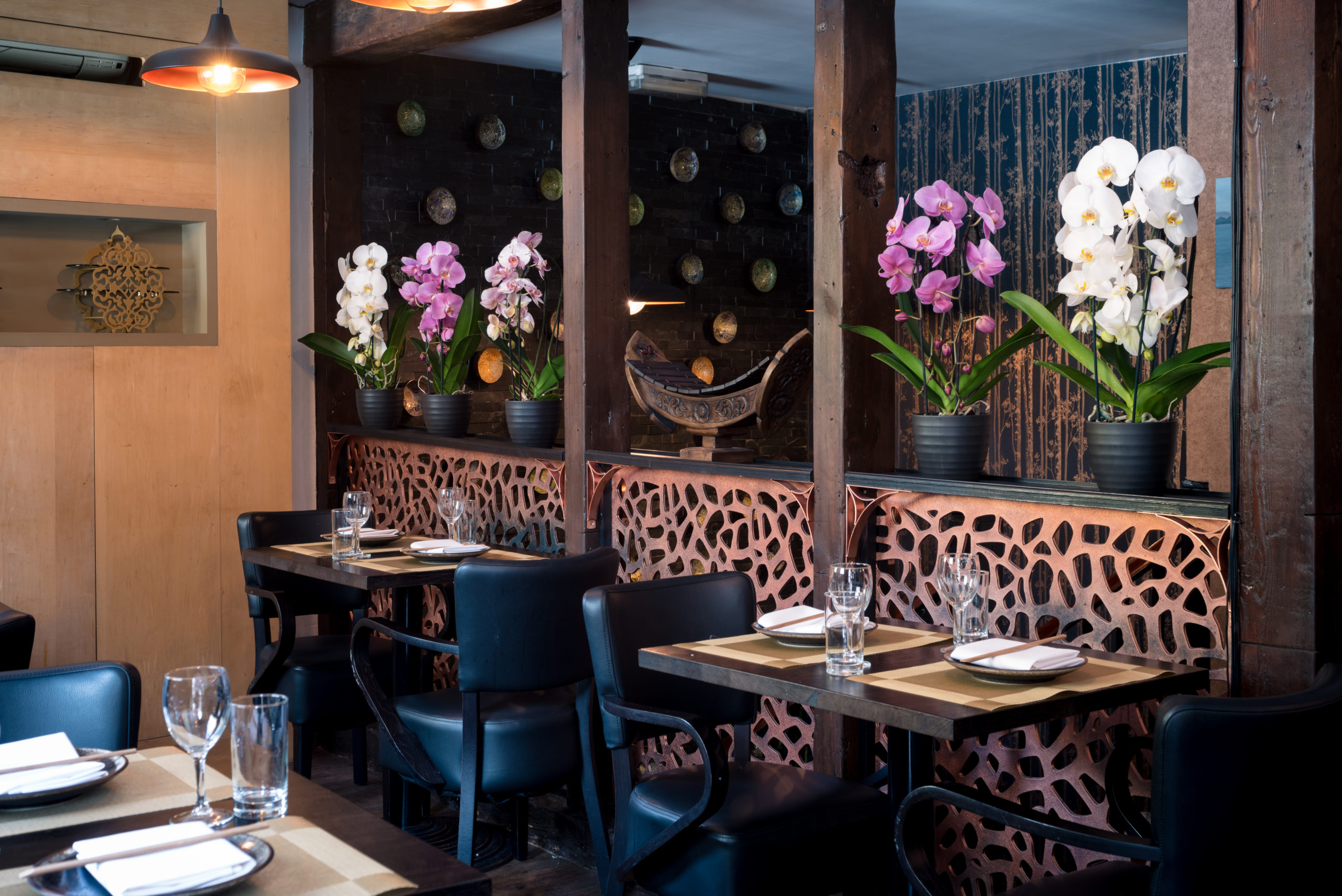 Award Winning Authentic SE Asian Cuisine at Sticky Mango: Restaurant Interior