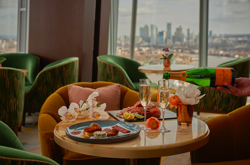 Where to Celebrate Mother's Mother's Day 2020: Bottomless Brunch in the Sky at Shangri-La Hotel at The Shard