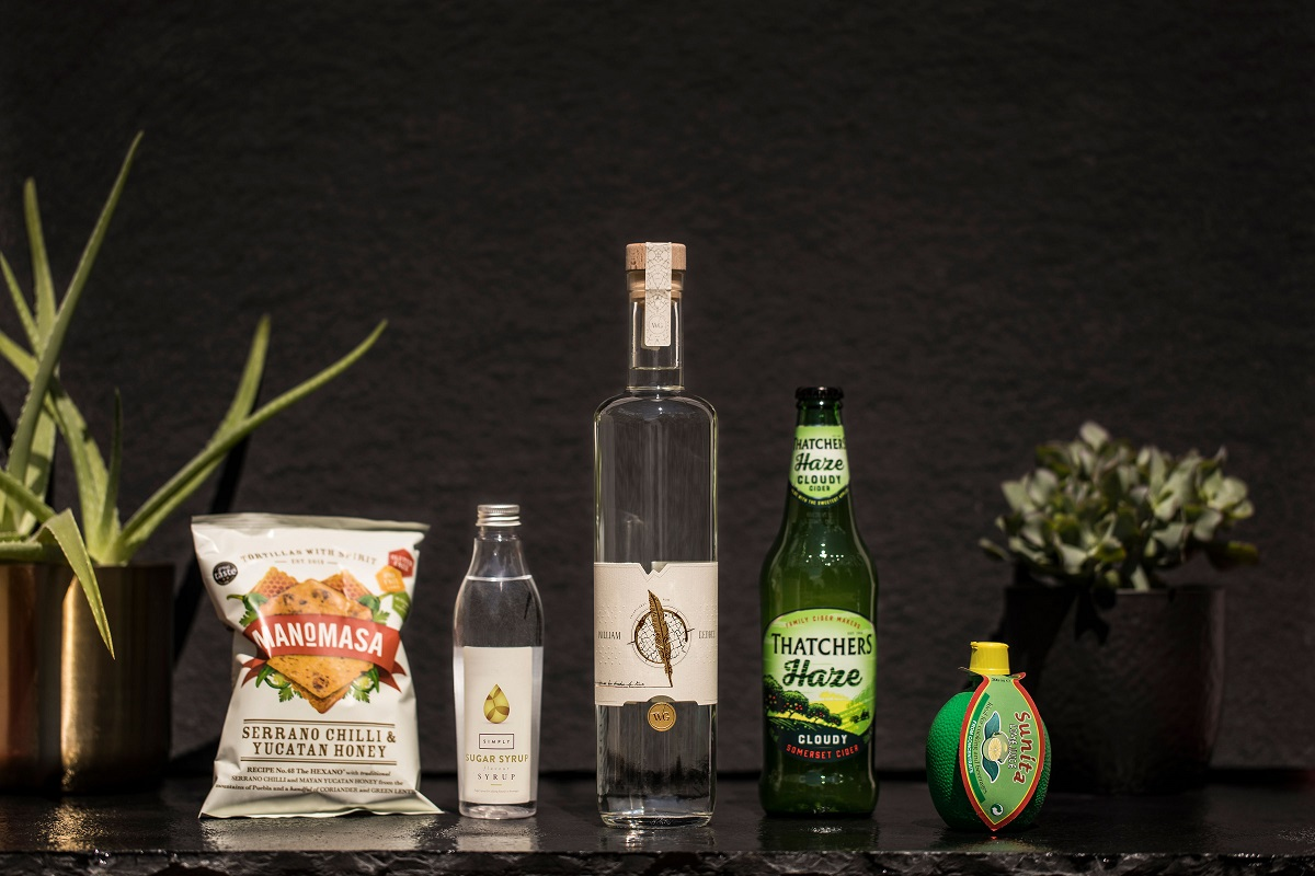 3 of the Coolest New Drinks Subscription Clubs - Craft Rum Club subscription offering with bottle of rum, mixers and garnishes