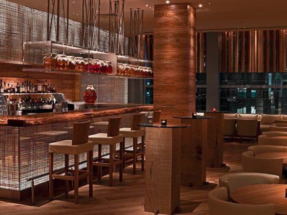 Luxe Bible Reviews ROKA Restaurant, Canary Wharf: Restaurant Interior