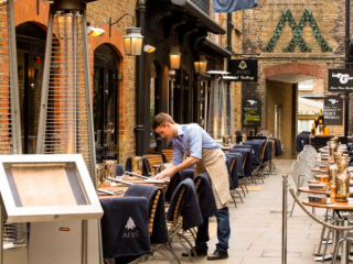 Luxe Bible Reviews Mews of Mayfair: Courtyard