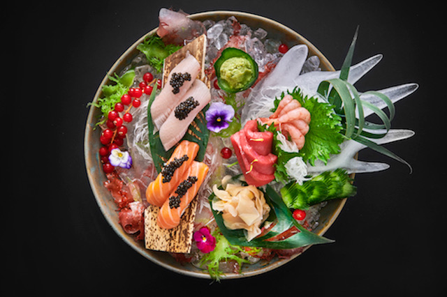 L'Orbe Sumosan Twiga sushi and sashimi