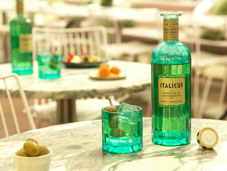 The Luxe List May 2019 - Italicus Takeover: Italicus Negroni at Oblix at The Shard