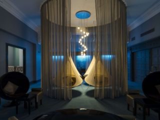 The Midland Hotel Manchester: Hanging Cocoon Pods in the Relaxation Room at The Spa
