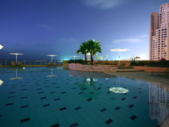 Five Star Luxury - The Amwaj Rotana JBR, Dubai: Heated outdoor pool