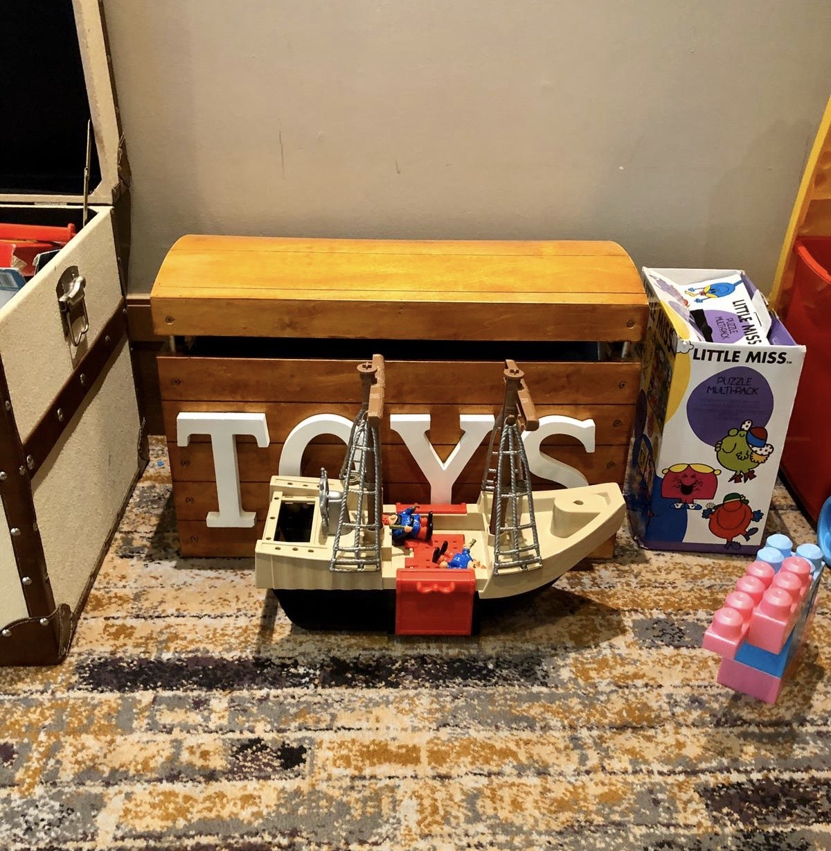 The Norton Park Hotel & Spa - A Perfect Family Getaway: Toy area in the restaurant