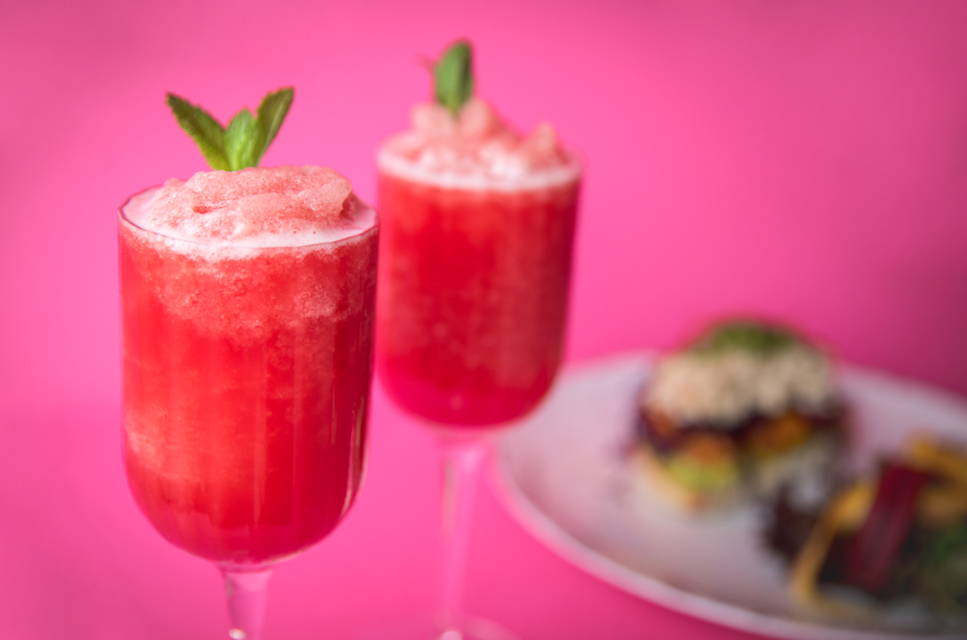 FroséRoyal Brunch at W London - Bottomless froses and epic DJ sets every Sat and Sun 1pm - 5.30pm