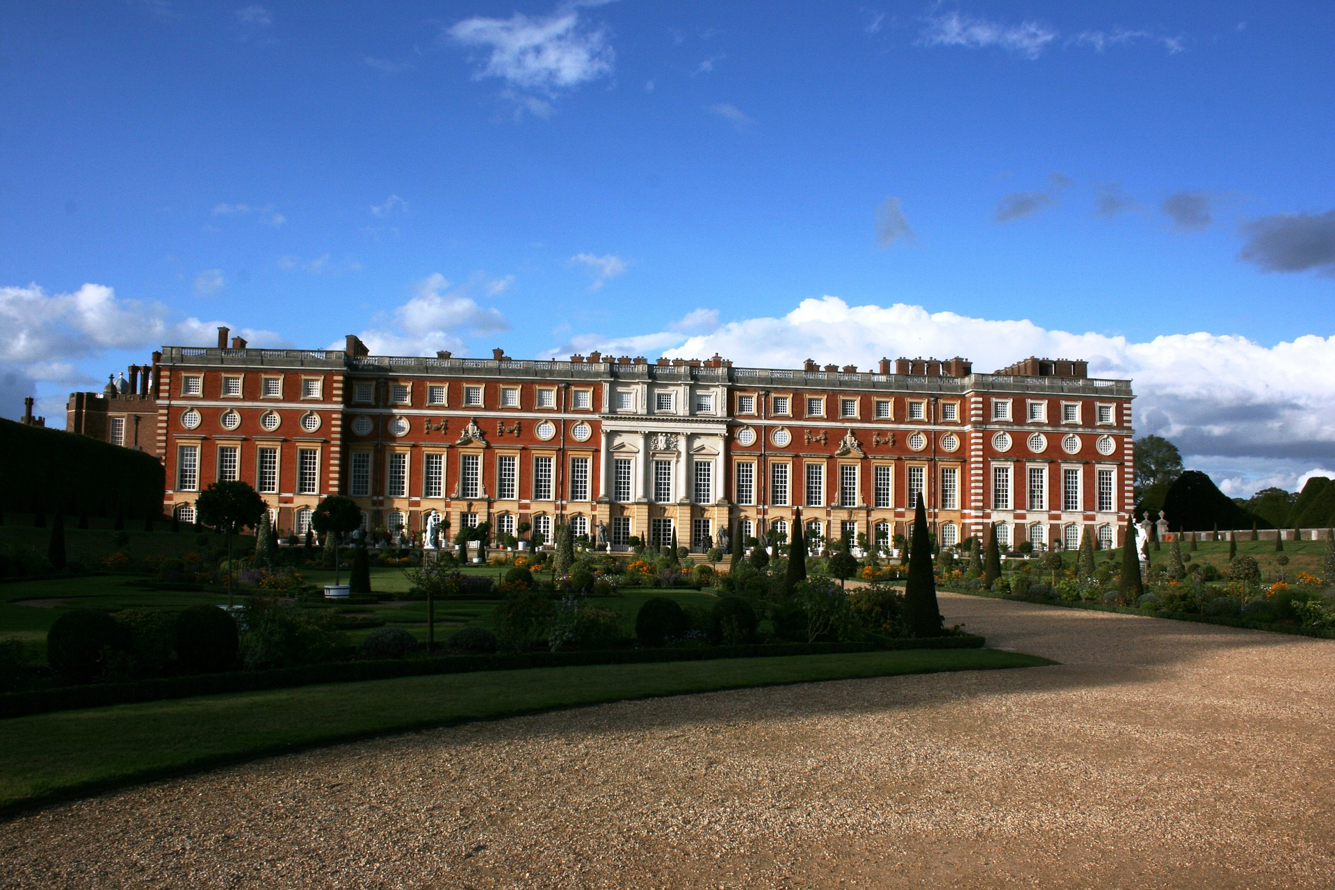 Tour Hampton Court Palace in Richmond which was used for St James's Palace in Bridgerton - home to Queen Charlotte (Photo credit: Pixabay)