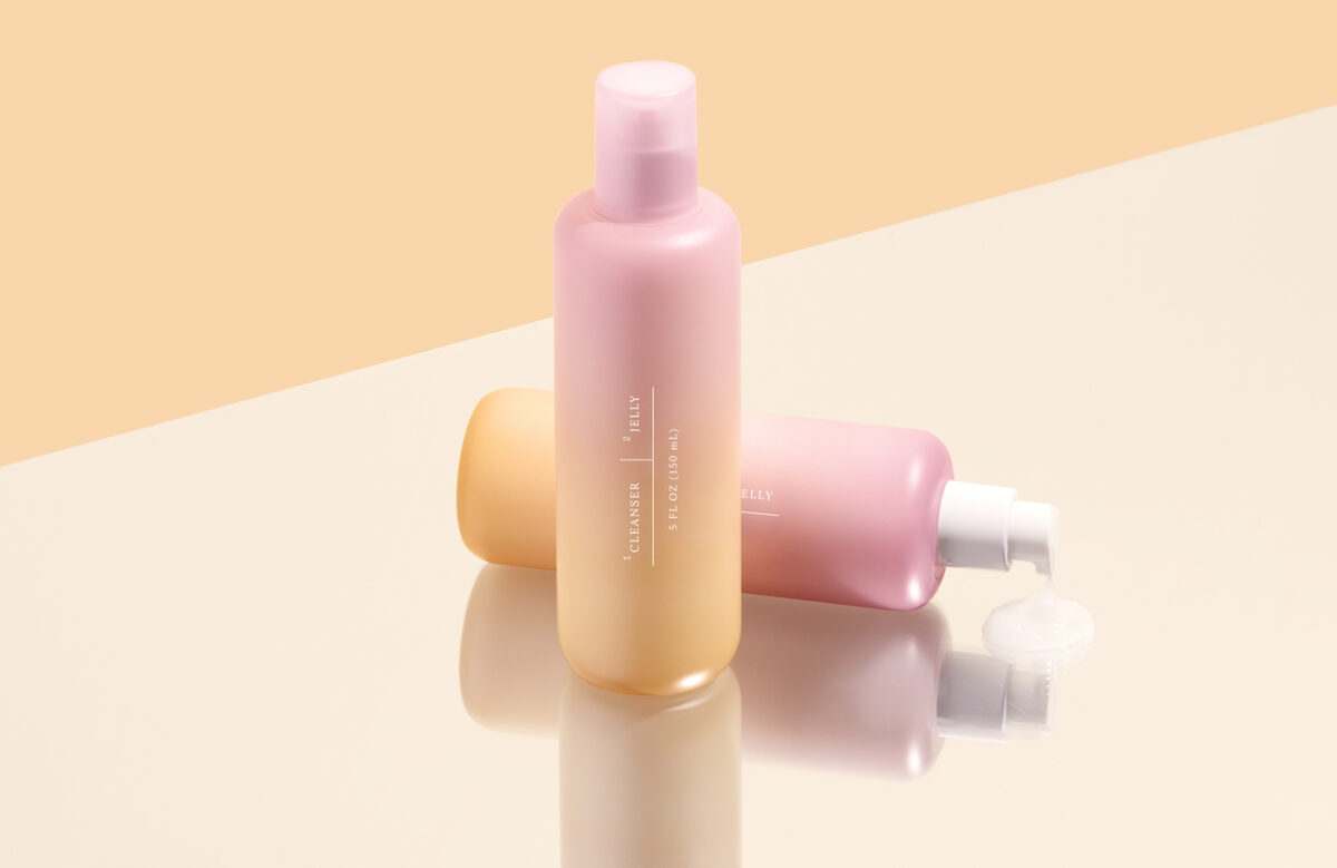 The Function of Beauty jelly cleanser can be used on wet or dry skin