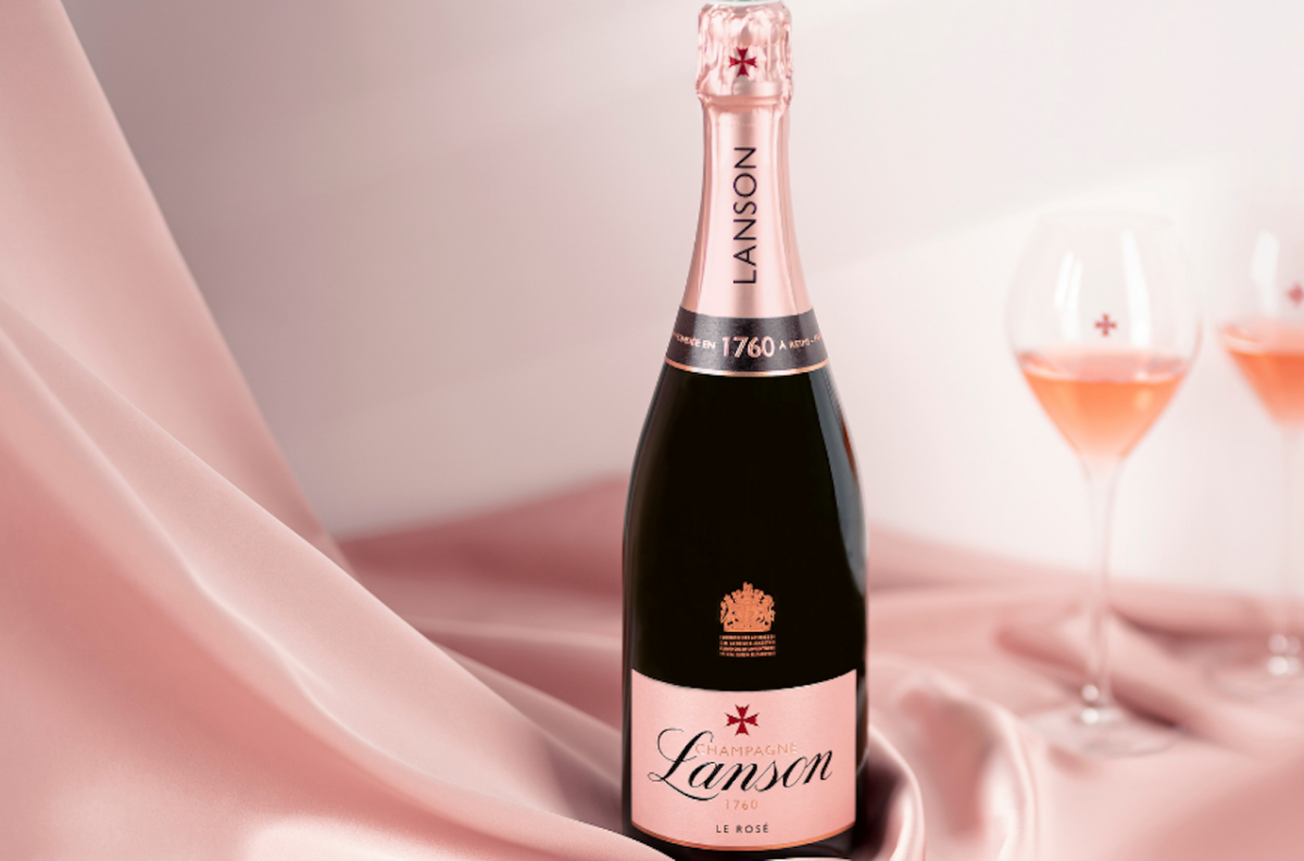 You can always rely on a bottle of Lanson Le Rose Champagne as the perfect gift for Mother's Day!