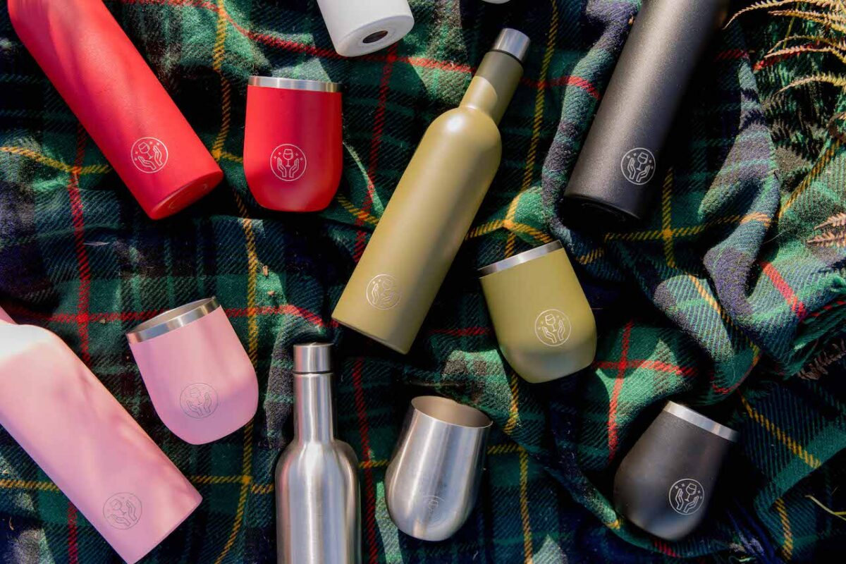 Take a socially distanced walk with Mum using Partner in Wine's tumblers and wine bottles keeping your wine cool for up to 24 hours!