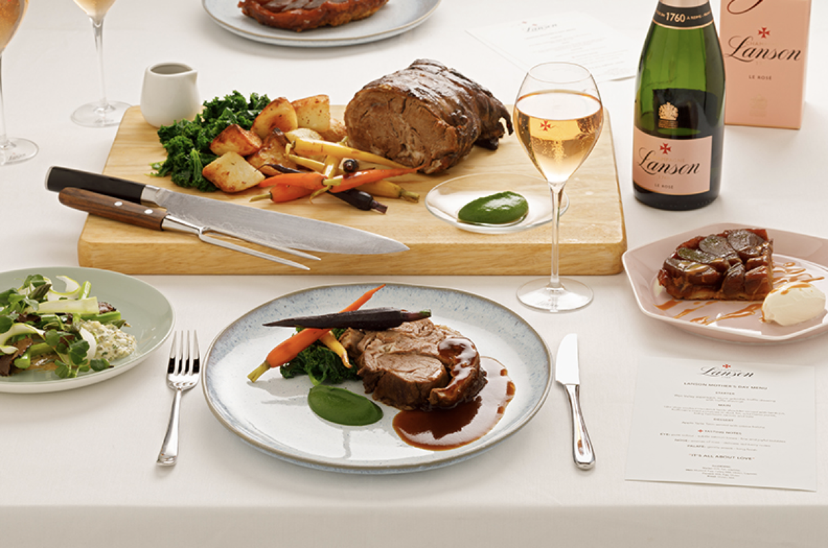 Mother's Day Gift Guide - A three course cook at home experience from Champagne Lanson? Yes please!