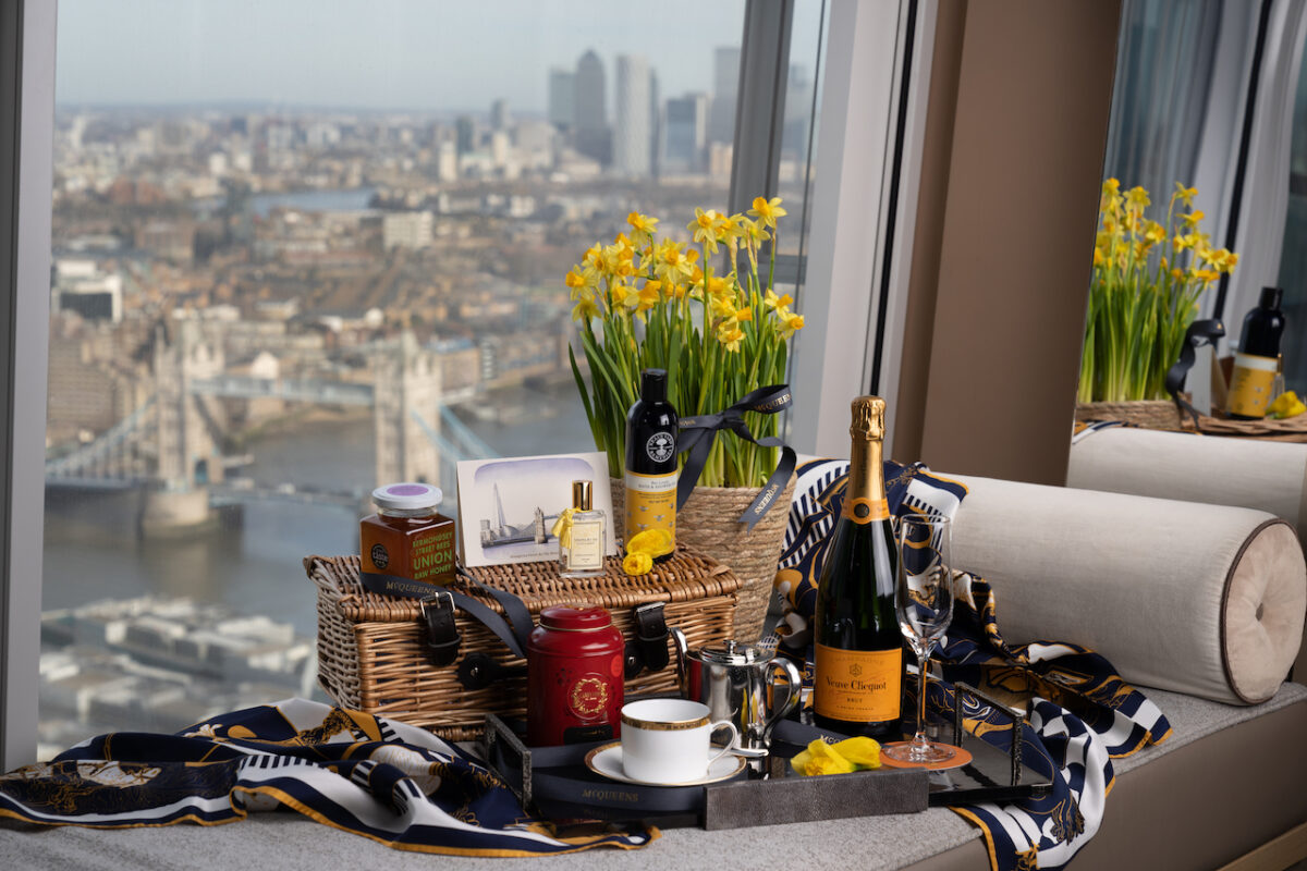 A super gorgeous Mother's Day Gift - Shangri-La Hotel, At The Shard Luxurious Hamper