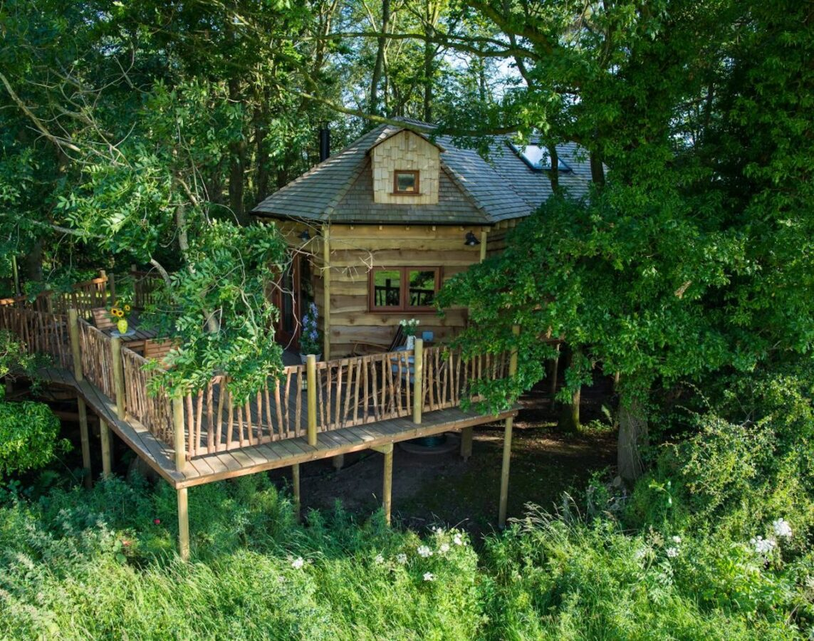 Woodland Chase Treehouse - 5 Unique Summer Staycations To Book On The Wanderlist