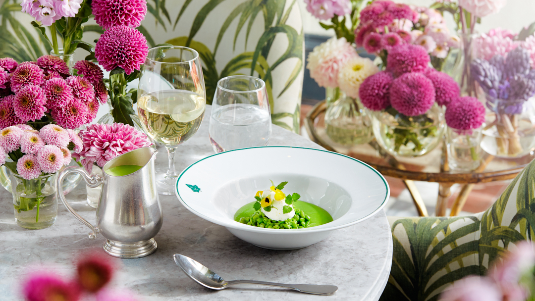 The Ivy Spinningfields in the heart of Manchester is so hot right now with its new Summer of Love themed food and cocktail menu launching on May 17th