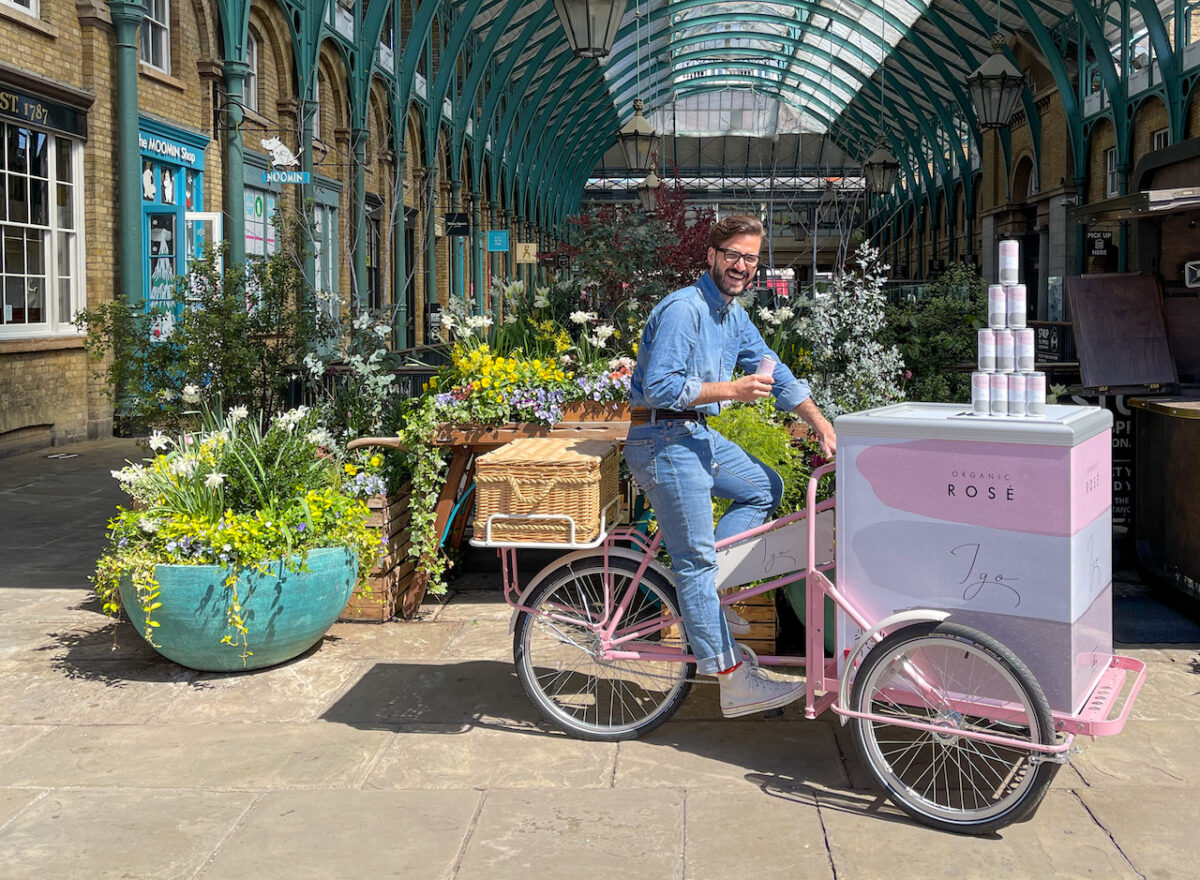 Covent Garden's gone all rose on us!  For three whole weeks there's a tonne of epic pop-ups with shops and restaurants getting involved too
