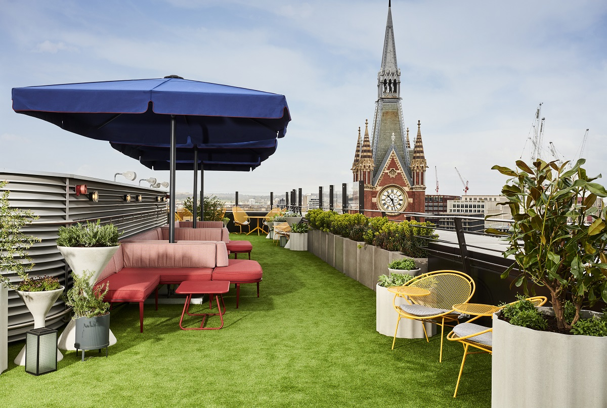 Try out the hot new Rooftop Terrace at The Standard, London (Photo Credit: The Standard)