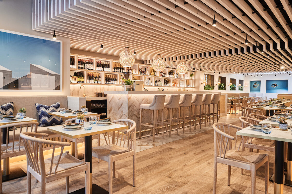 The Luxe List June 2021: We've got a new fabulous opening - HUŎ, offering up gorgeous fresh and healthy Asian cuisine (Photo Credit: Charlie McKay)