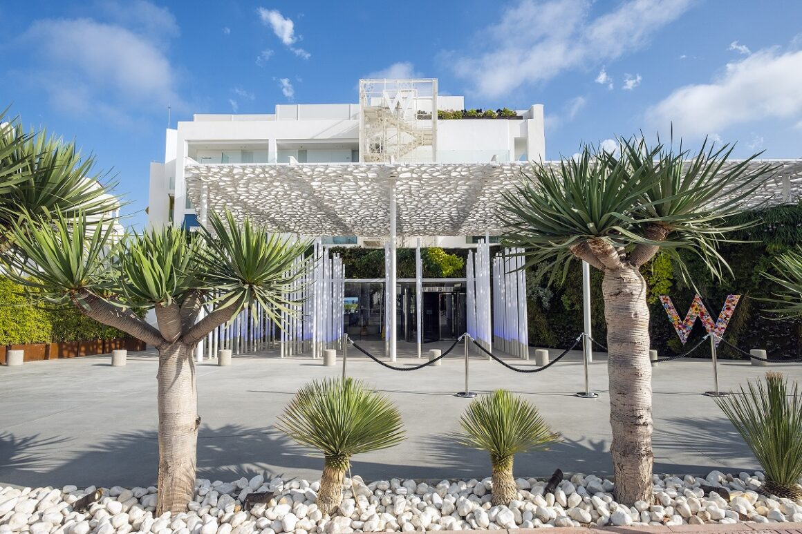 W Ibiza's interiors are super swanky with a colourful and contemporary design which captures the free spirit of the White Isle perfectly (Photo Credit: www.laskimal.com)