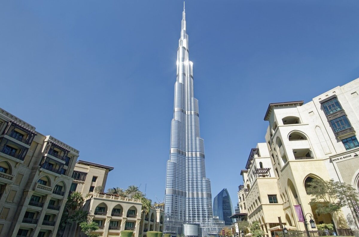 "Burj Khalifa in Dubai is the.world's tallest building Image by <a href=""https://pixabay.com/users/makalu-680451/?utm_source=link-attribution&utm_medium=referral&utm_campaign=image&utm_content=5439555"">Makalu</a> from <a href=""https://pixabay.com/?utm_source=link-attribution&utm_medium=referral&utm_campaign=image&utm_content=5439555"">Pixabay</a>"