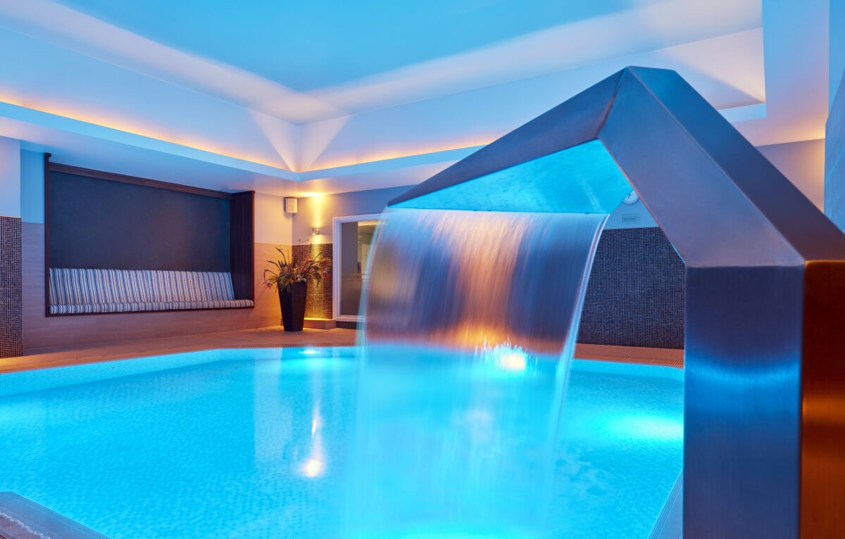 The Rena Spa has to be one of Manchester's best with pool, jacuzzi, sauna, steam rooms and a whole host of treatments an treatment rooms